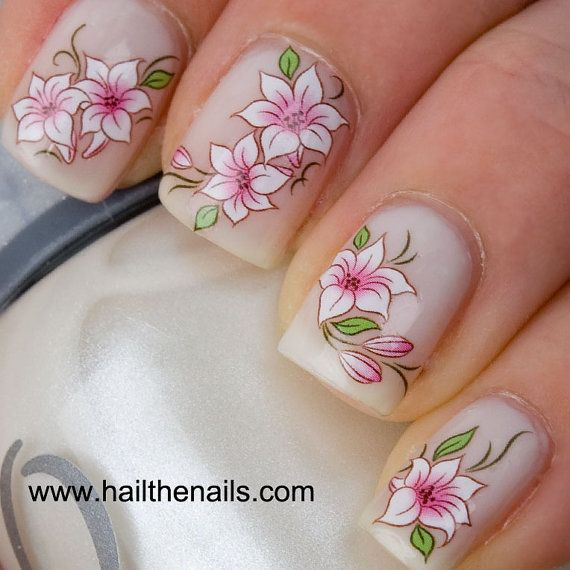 Loto rosa y blanco flor uñas arte agua por Hailthenails en Etsy