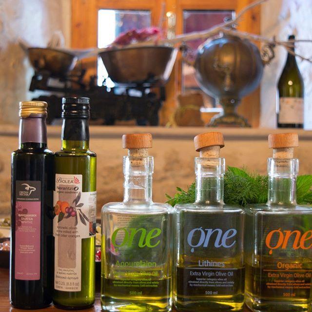 We use the best Cretan products :) @biolea_astrikas_estate @cretan.nectar Find them in our store #avlirawmaterials #rethymno #crete #oliveoil #cretanoliveoil #greekoliveoil #cretanproducts