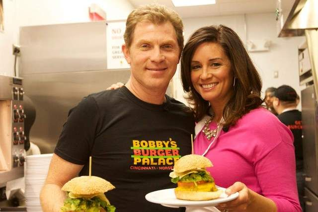 How cool is this?! Chef Bobby Flay cooks with 9 On Your Side anchor Tanya O'Rourke and teaches her how to make the perfect burger. Yum!