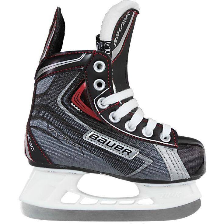 DÉJÀ PRIS : Des patins à place pour Laurent. Ils peuvent définitivement être usagés.