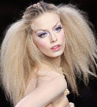 big crimped hair