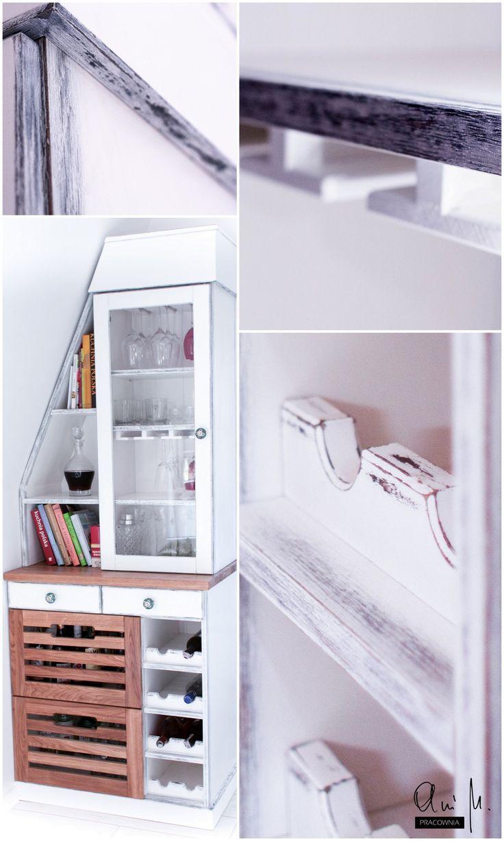 Kredens w skandynawskim stylu do mieszkania ze skosami. / Scandinavian side board for interiors with slants.
