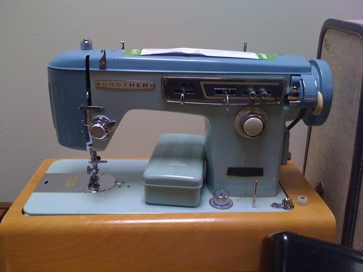1028 best machines coudre images on pinterest sewing. Black Bedroom Furniture Sets. Home Design Ideas