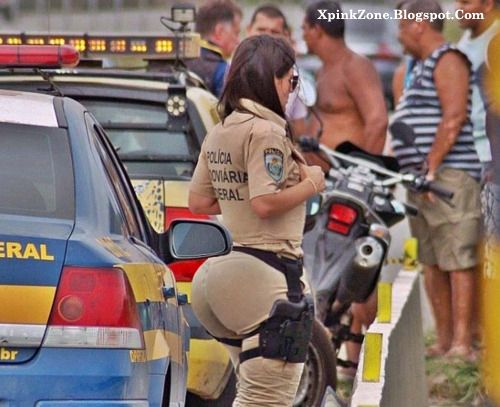 I wonder Which Country Do This Big Booty Cop Belong To !!!!!!