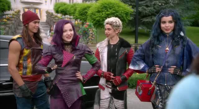 D35c3nd13nt35 2015 Avi Disney Descendants Movie Disney Channel Descendants Descendants