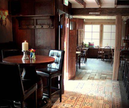 De sfeervolle restaurantjes met hun ouderwetse interieur zorgen voor de nodige landelijke sferen tijdens uw brunch of diner.