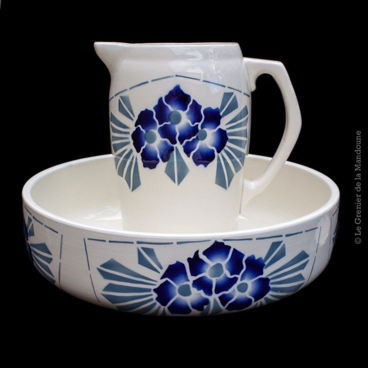 2327 best pitcher and bowl images on pinterest bowl set water jugs and water pitchers. Black Bedroom Furniture Sets. Home Design Ideas