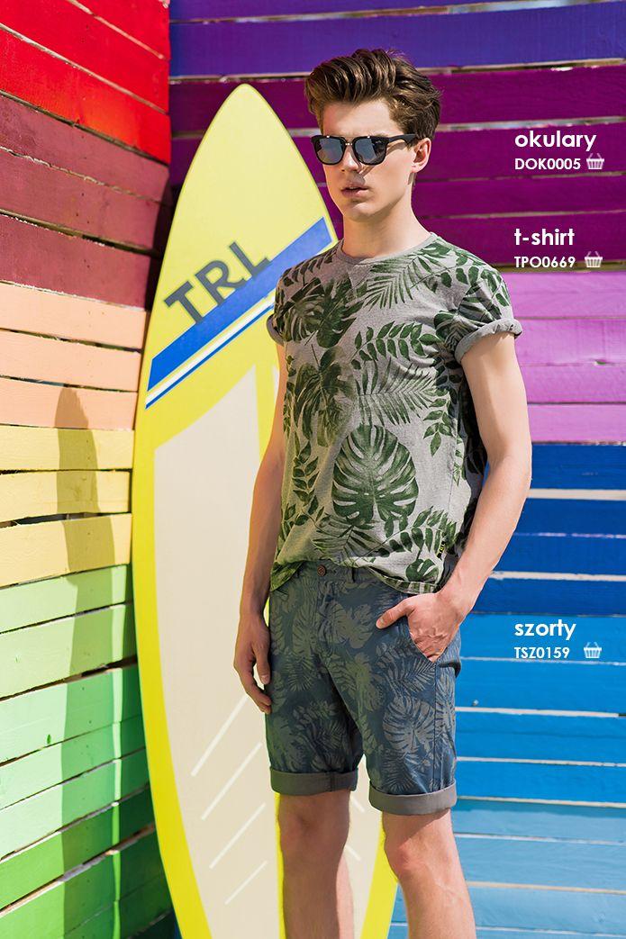 Modny letni wzór - #tshirt w palmy i krótkie spodenki we wzory #troll