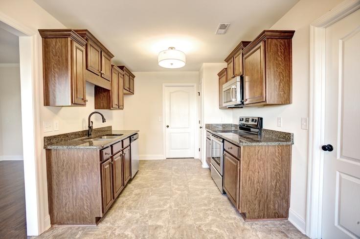 Kitchen in this ed bracken home 103 summerset lane for Bath remodel huntsville al