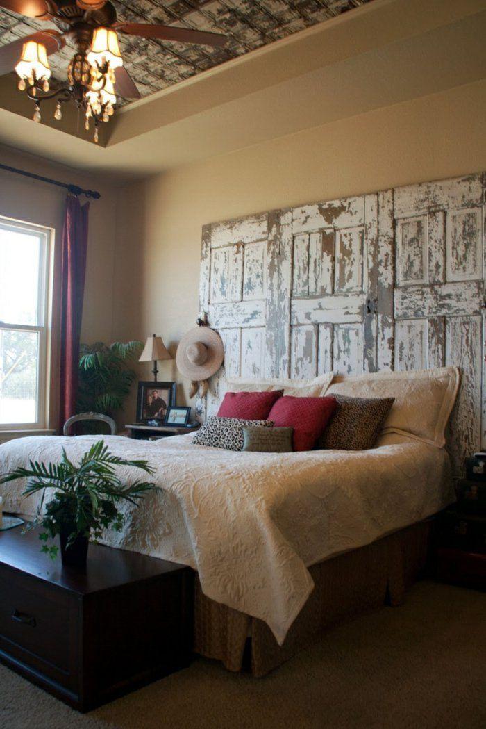 faire une tête de lit soi-même, tete de lit shabby chic avec porte récupérée