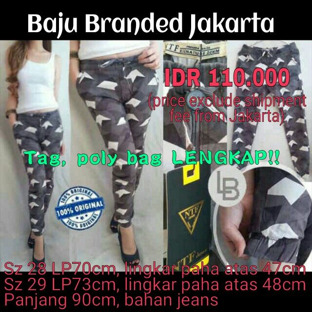 Joger Pants, Branded Joger pants, Branded jeans, comfy jeans, comfy outfit, travelling outfit