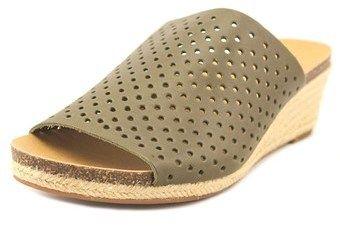 Lucky Brand Jemya Women Open Toe Leather Green Wedge Sandal.