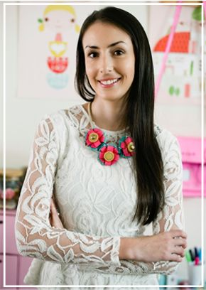 Make this statement necklace out of ribbon.