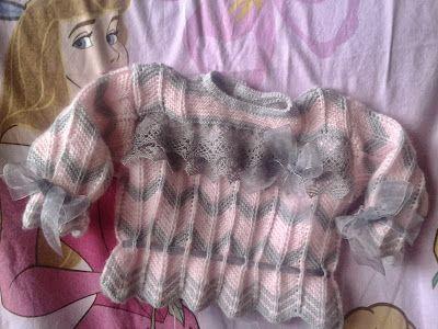 con lacitos y puntillas: .......tricot