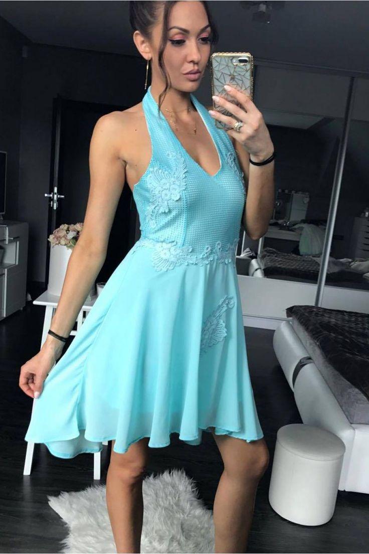 Κλος μίνι φόρεμα με δαντέλα.95% Polyester 5% Spandex