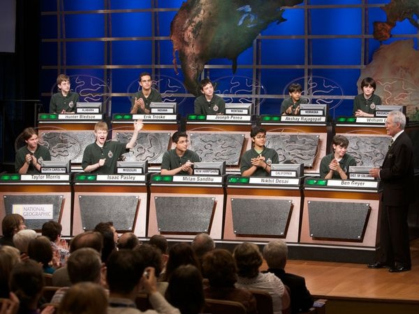 How to Ace the National Geographic Bee Official Study Guide