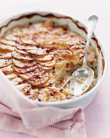 Potatoes and leeks - Martha StewartMarthastewart, Sidedishes, Side Dishes, Leek Recipe, Scallops Potatoes, Potatoes Recipe, Martha Scallops, Scalloped Potatoes, Martha Stewart