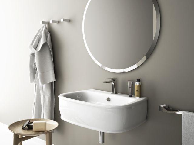 Azuley, design Meneghello Paolelli Associati. Collezione bagno di lavabi e sanitari. Lavabo  e specchio tondo / Washbasin consolle and round mirror. #bathroom #sanitaries #design #washbasin #lavabi #sanitari #bagno #arteram