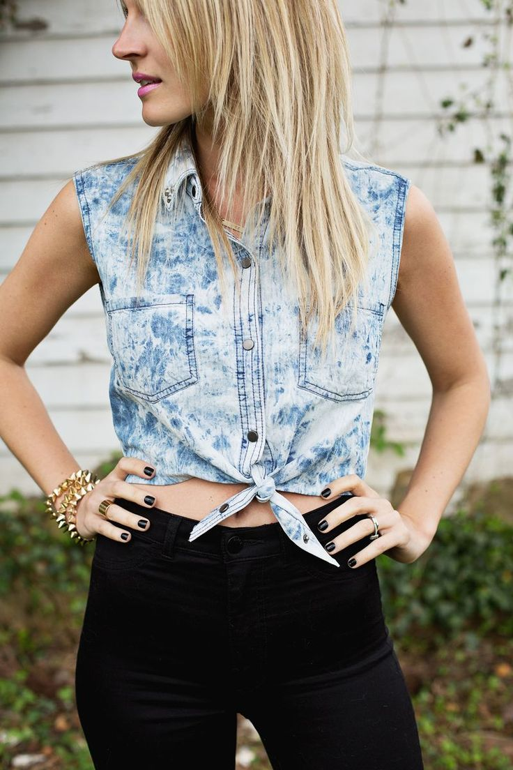 cutest dyed crop top with cutest black leggings