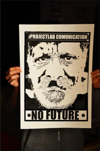 • new print : archive   #nofuture #future #grpahicdesign #jprojectlab #man #stencil #poster #black #print #comunication #massmedia #media