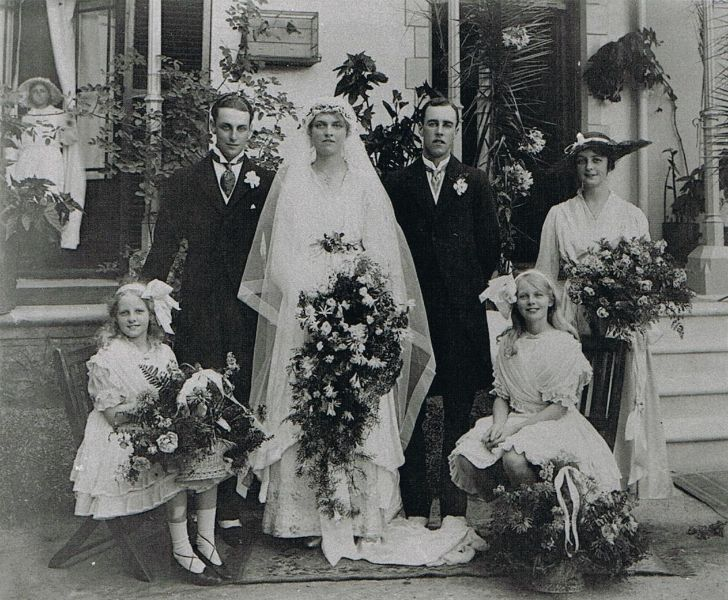 Jervis Molteno and Islay Bisset's wedding, Cape Town, 1916