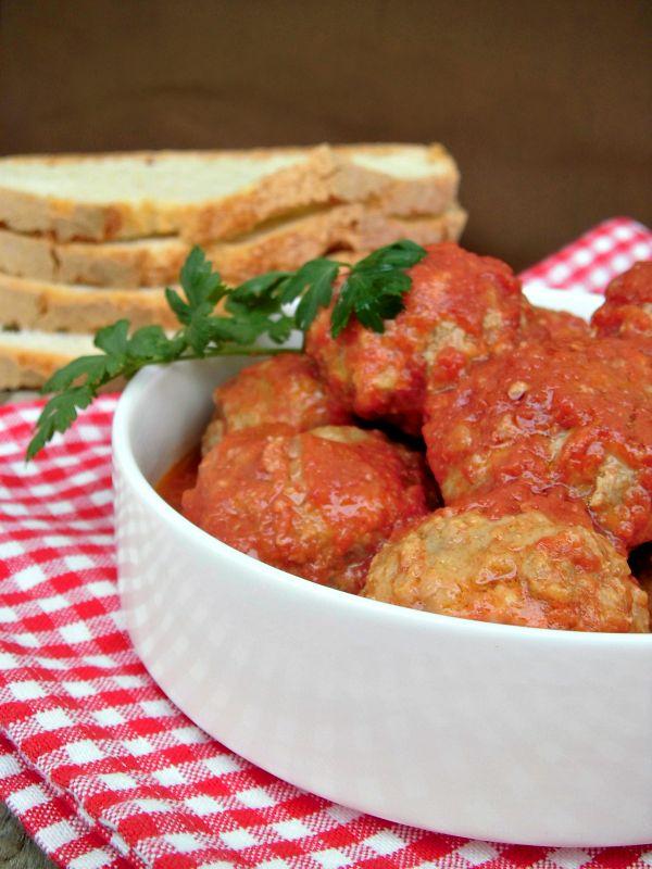 POLPETTE AL SUGO are considered the classic grandmother's dish (piatto della nonna) #Italy #Italia #cibo #food #italianfoos