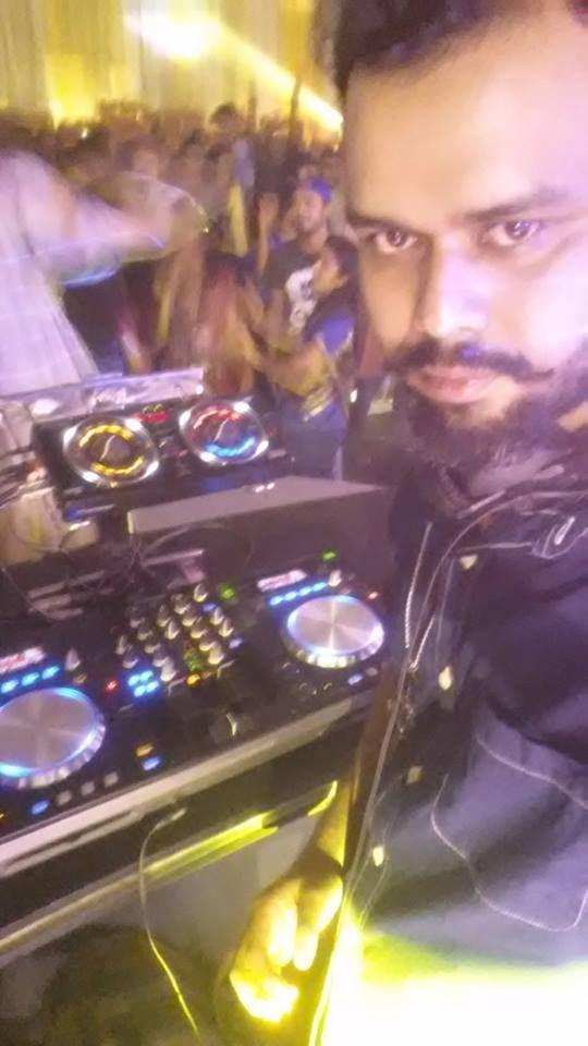 Dj Fahim Christmas Mix 2018 | Live Bangladesh Dj #dj #remix #party #wedding #Christmas  #mix #edm #song #Hollywood