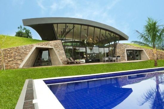 Fachada de casa moderna de vanguardia
