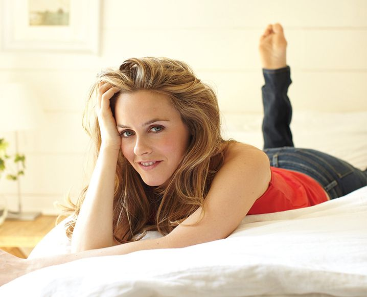 Meet Alicia Silverstone Our April Guest Editor