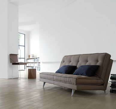 On the hunt for nice looking sleeper sofas that feel great. 5 Sources for High Quality Sleeper Sofas