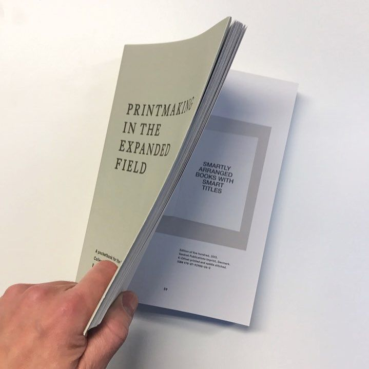 It's here ... #PrintmakingInTheExpandedField published by @khio featuring #artistsbooks by @itspaulpaper @sigridcalon @hilary_powell @victoriabrowne_ @lianelangstudio @bas_fontein. . #SmartTitles