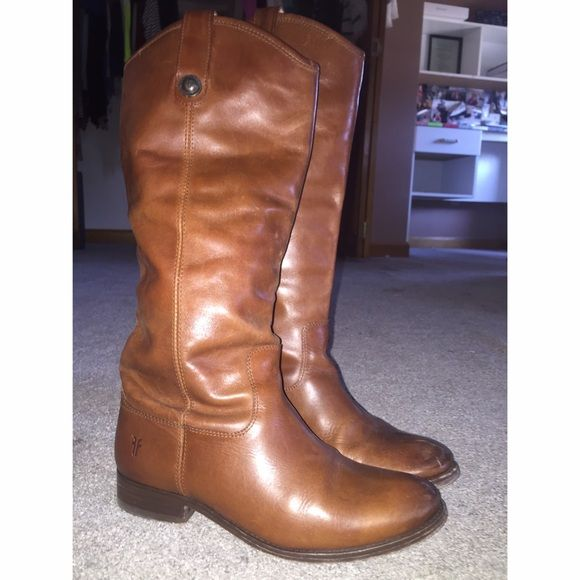 Frye Melissa Boots Size 6 Frye boots. Worn 3-4x. Excellent condition Frye Shoes