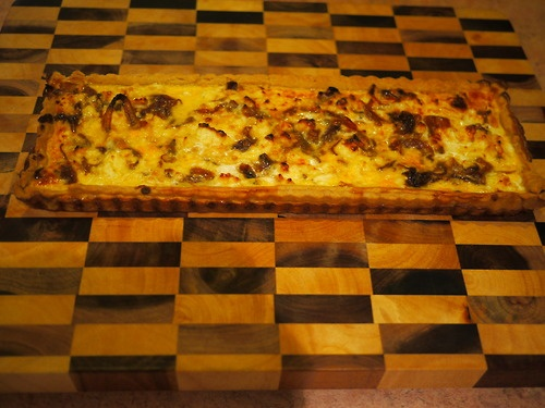 Kate's Caramelised onion and fetta quiche