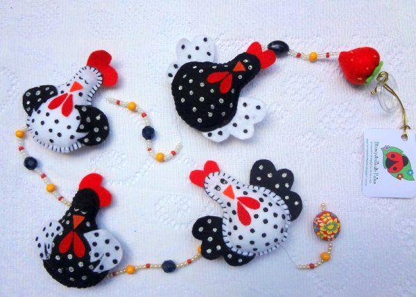 Brinquedo de Pano - Móbile Decorativo - Galinha D´Angola