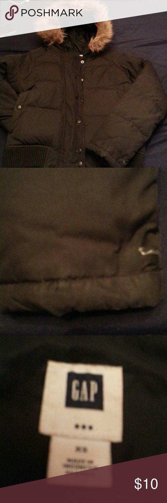 GAP JACKET Black GAP jacket. Littl3 white spot, very pretty GAP Jackets & Coats