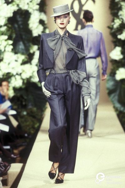 Picture from object titled Yves Saint Laurent, Spring-Summer season 1999, Couture