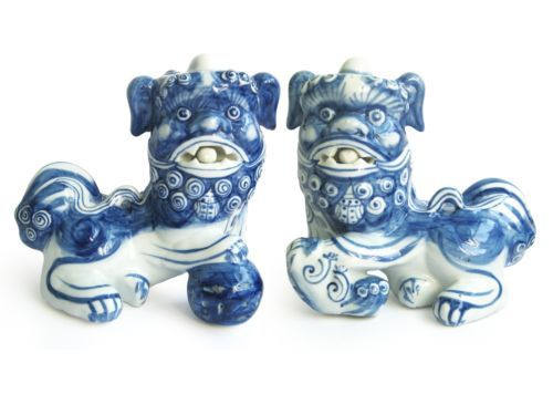 Pair Of Chinese Porcelain Foo Dogs Ceramic Guardian Lions