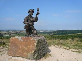 Silverhill Wood Country Park - Commemorative Statue - geograph.org.uk - 554399.jpg