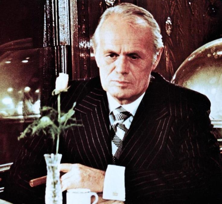 Resultado de imagem para murder in the orient express 1974 richard widmark
