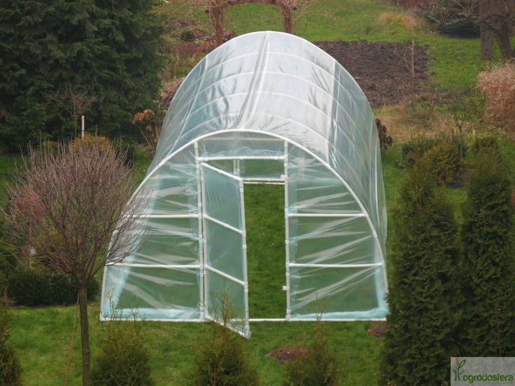 Tunel foliowy do uprawiania ziół, warzyw i kwiatów ozdobnych