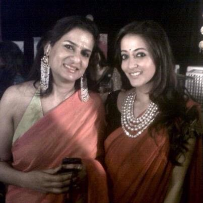 To add to our celebrity diary Jewellery by Anjali Gujral was worn by Raima Sen at the Bengali Film Festival in Singapore. #preciousjewellery #polkijewellery #chaandbalis #goldsettings #multipolkistring #muchmoreavailable #celebritydiaries @jewellery_by_avni_gujral