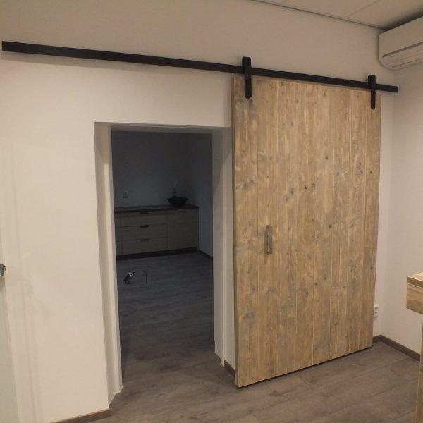 steigerhouten-loft-deur