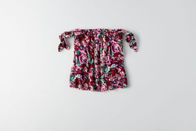 Love this off-the-shoulder top from American Eagle
