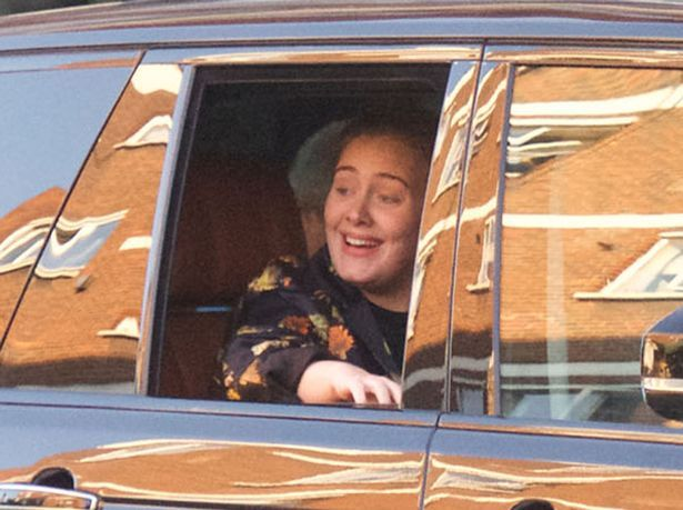 Adele has protection from son Angelo dressed as a cowboy on trip for pizza - Mirror Online