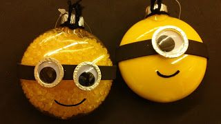 Despicable Me Minion Christmas Ornaments!!!!!! YES YES YES!!!!!!!!!!!!!!!! ha ha ha ha ha ha ha * For lots of free Christmas paper dolls International Paper Doll Society #ArielleGabriel artist #ArtrA thanks to Pinterest paper doll & holiday collectors for sharing *