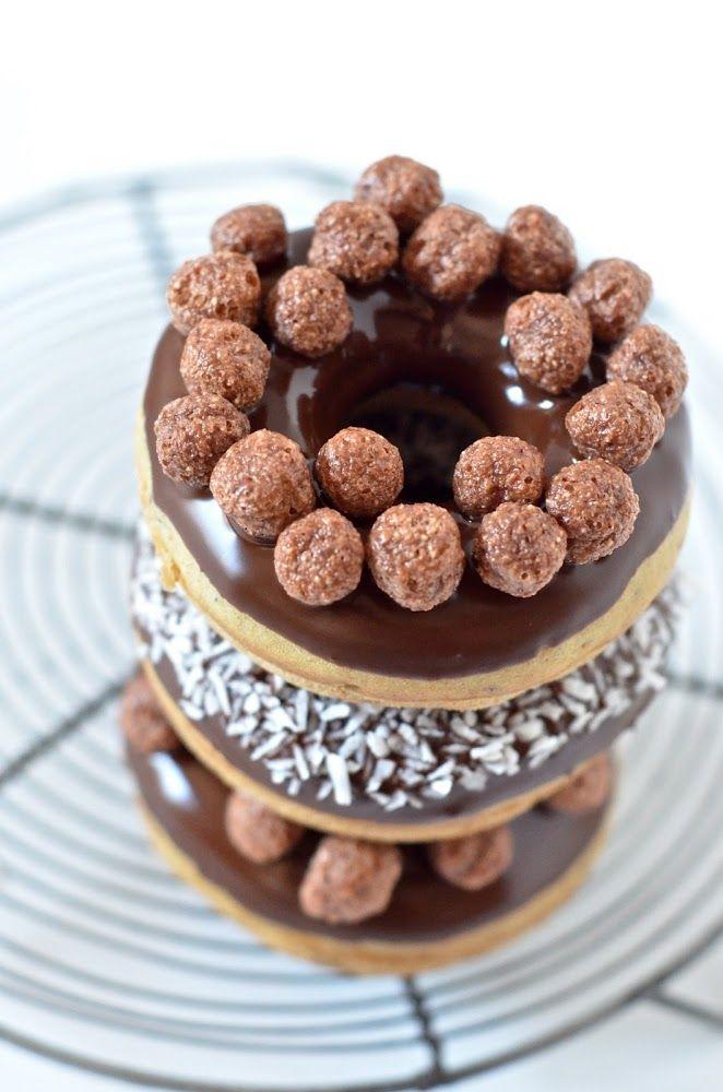 Donuts #Vegan au four - #douceurs gourmandes et moelleuses sans matière grasse, miam  miam y a + qu'à déguster :D ! {J'adore le glaçage tout simple mais hyper gourmand =}
