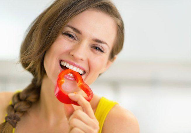 Dieta Mima Digiuno, il regime studiato dal ricercatore italiano Valter Longo migliora la salute in modo consistente e permette di perdere peso: ecco come.