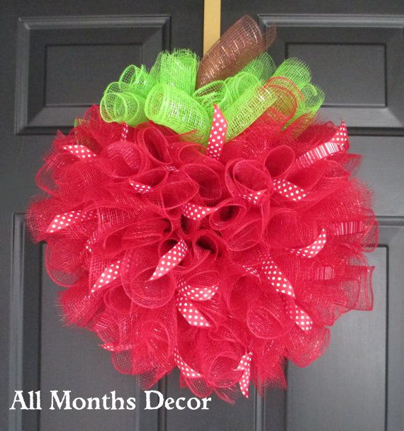 Red Apple Spiral Deco Mesh Wreath with Polka Dot/Stripe Ribbons, School Teacher Principal Appreciation Gifts, Classroom Decorations