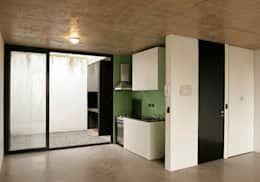 Zapiola 3625: Cocinas de estilo moderno por IR arquitectura