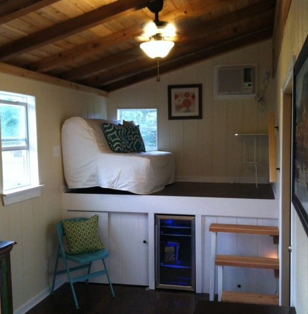 Small Homes That Use Lofts To Gain More Floor Space: Modern And Rustic Tiny House For Sale In Austin Texas